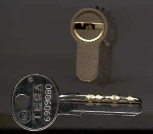 tesa-t60-profi-kulcsmasolas