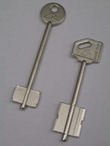 cr-tollas-kulcsok-masolasa