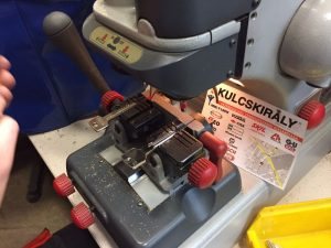 kulcsmasolas-szakszeruen